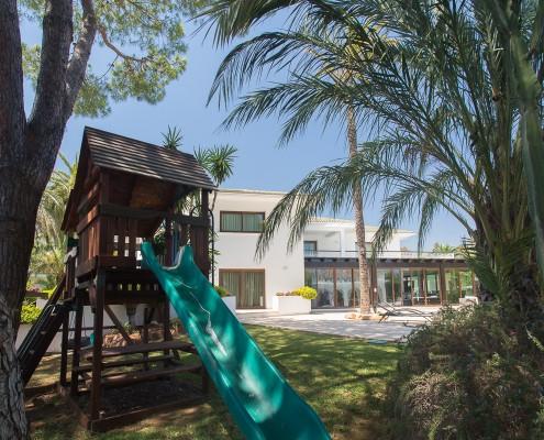 Marbella children villa rental