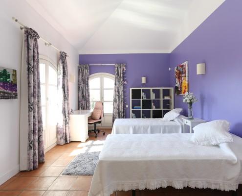 villa guest bedroom