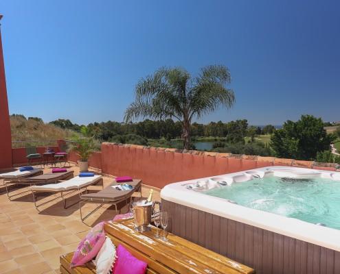 Villa terrace with Jacuzzi