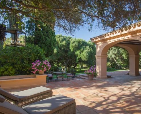 El Chorrito Villa terrace rental