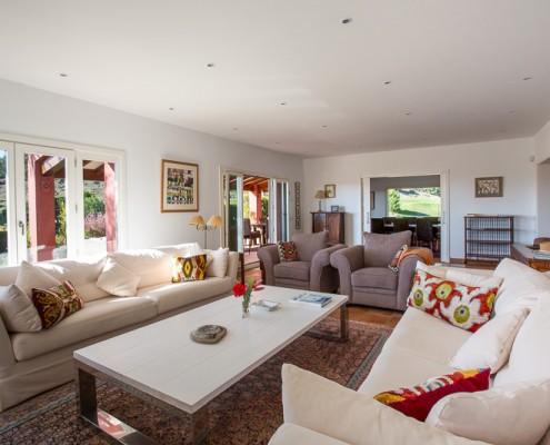 Villa la Toscana living room