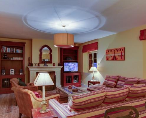 Sotogrande villa TV room/Living room 2