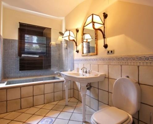Andalucian style villa bathroom
