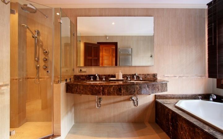 Guest Bathroom Ideas With Pleasant Atmosphere: Beautiful 7 Bedroom Villa In Marbella