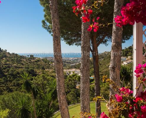 sea views luxury villa rent marbella