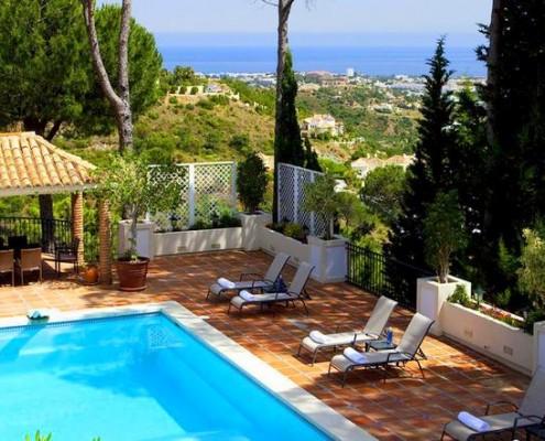 Luxury villa with views el Madronal