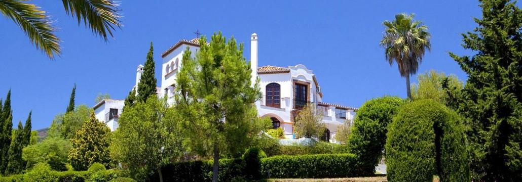 Luxury private villa in El Madronal
