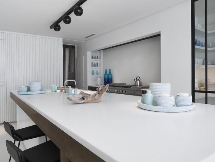 Marbella beach villa kitchen