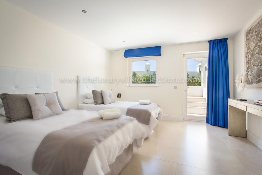 Elegant 6 Bedroom Villa Los Flamingos Luxury Villa