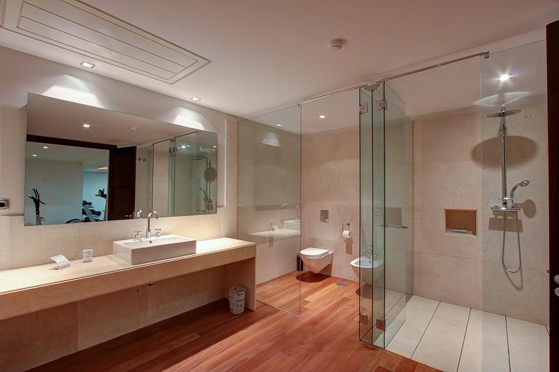 ... Marbella Villa Luxury Shower Room ...