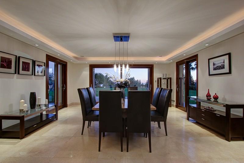 Designer Kitchen Paraiso Camojan Villa Dining Room