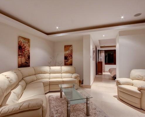 Marbella luxury Camojan villa guest suite