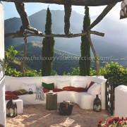retreat rural villa rental Malaga
