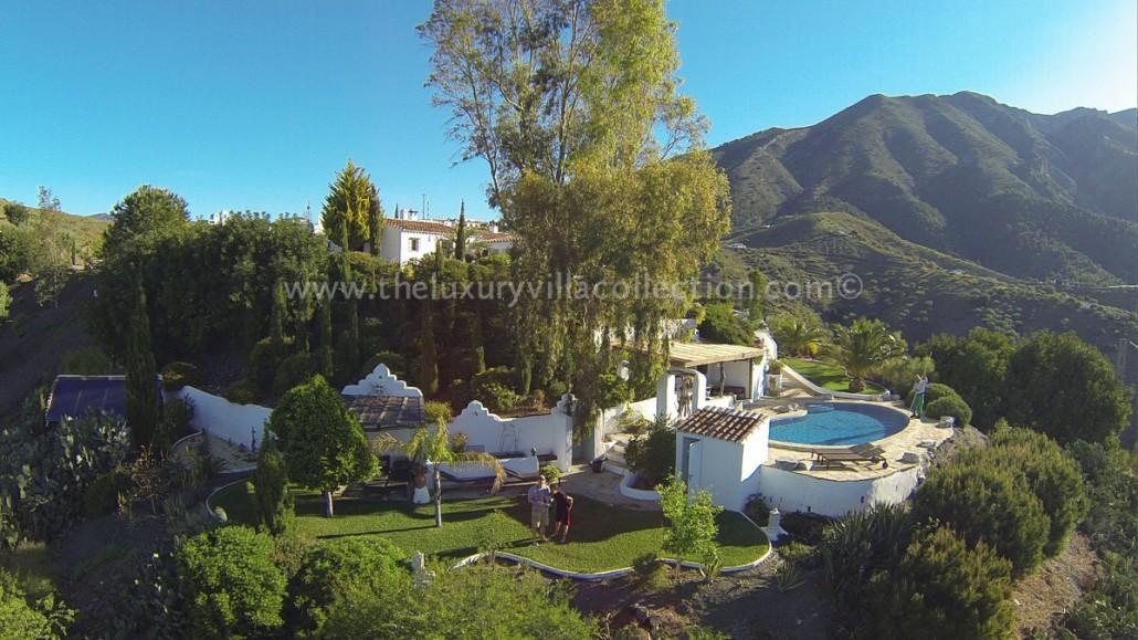 Luxury 4 bedroom villa for rent in malaga luxury villa collection - Malaga real estate ...