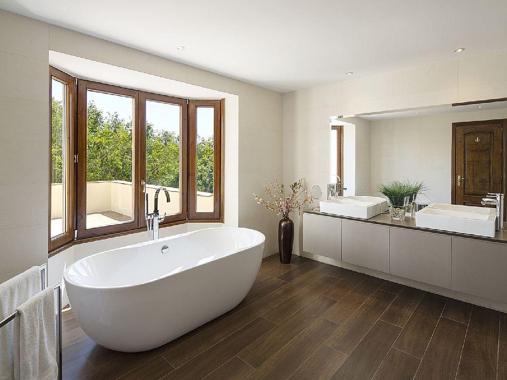 Elegant 6 Bedroom Villa In Puerto Banus