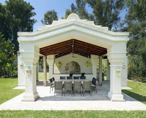 Villa Monterey Puerto Banus summer dining rental