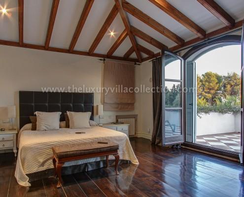 Villa DaVinci Marbella master bedroom