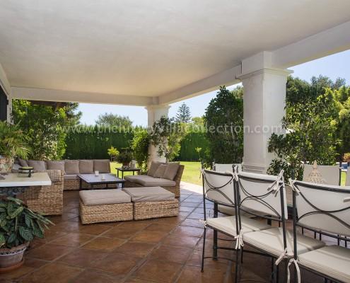 Villa DaVinci poolside terrace