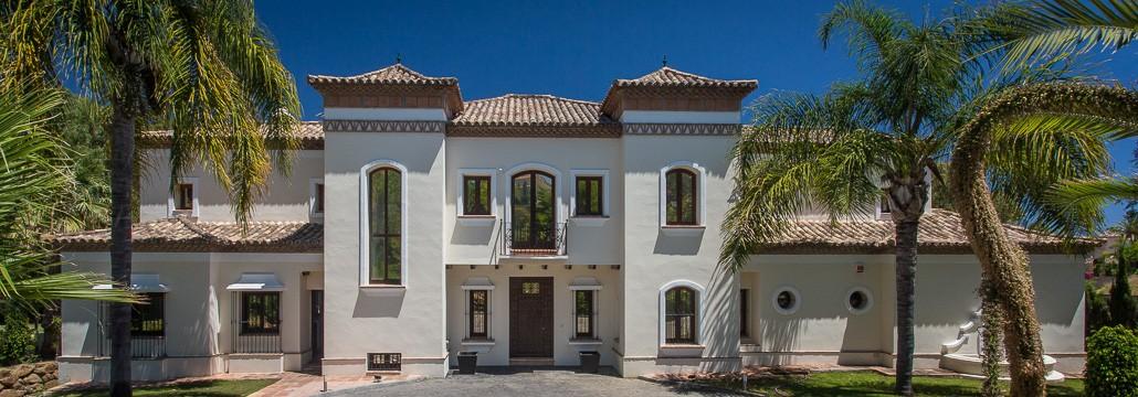 Elegant 6 Bedroom Villa In Puerto Banus Luxury Villa
