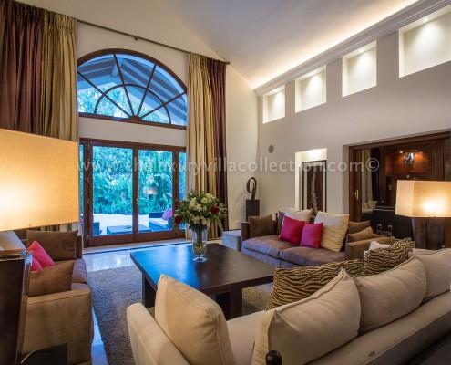 Villa Monterey Puerto Banus living room