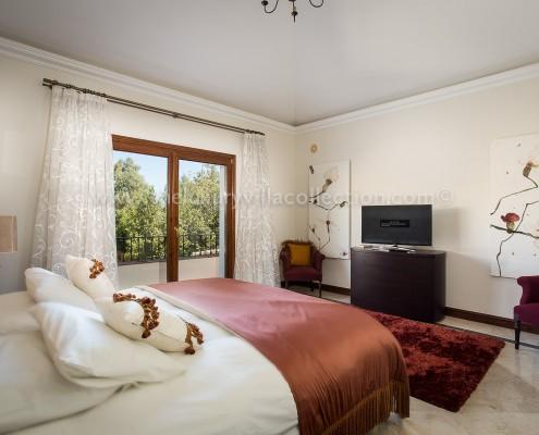 Villa Monterey Puerto Banus guest room