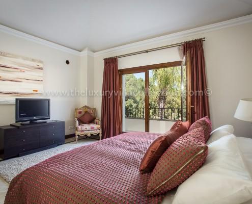Villa Monterey Marbella bedroom