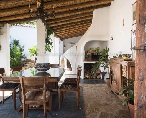 Malaga luxury villa outdoor dining room