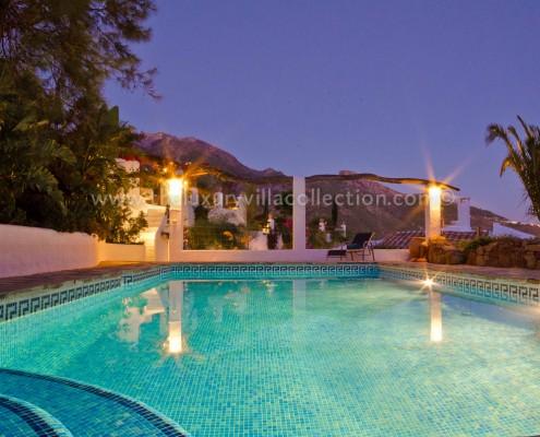 pool villa rental Spain private