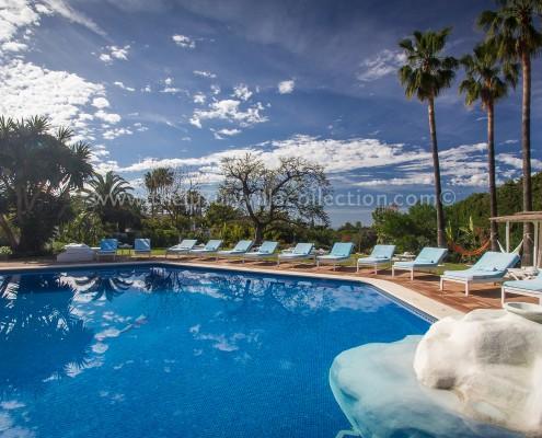 Marbella Villa Bali poolside