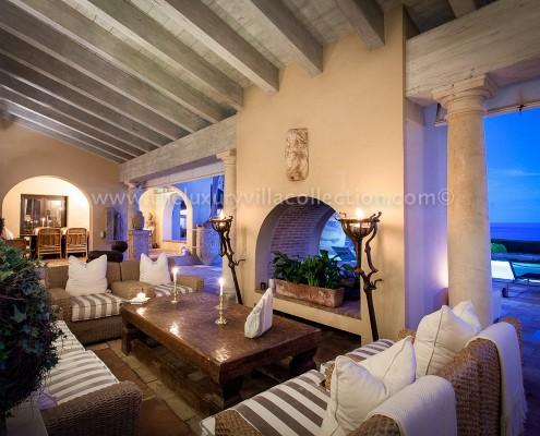 Villa Las Artes Marbella al fresco evening