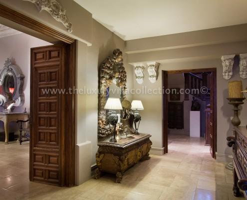 Villa Las Artes Marbella interior details