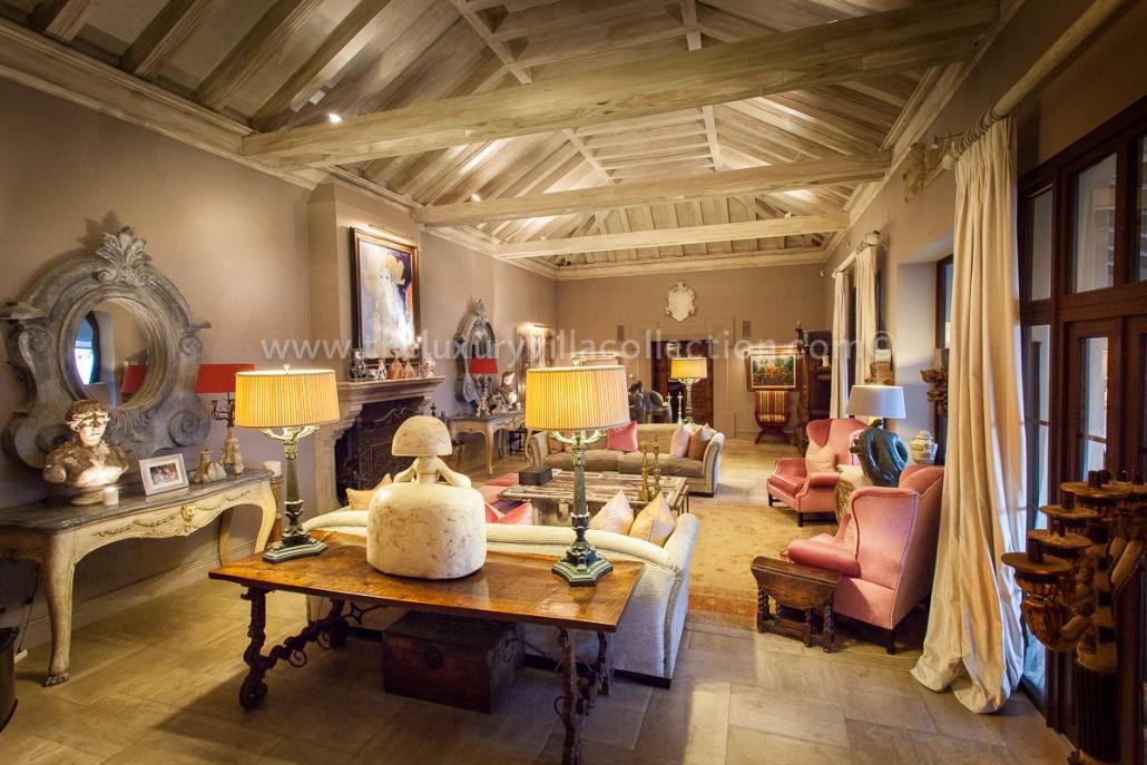 Villa Las Artes Marbella stylish living