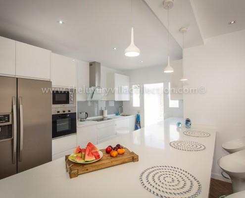 contemporary family villa Marbella