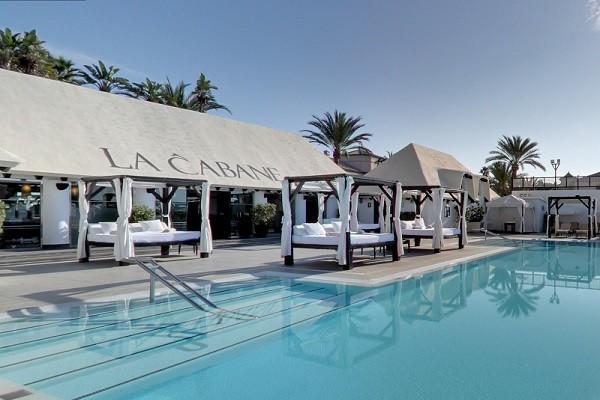 pool scene cabane marbella