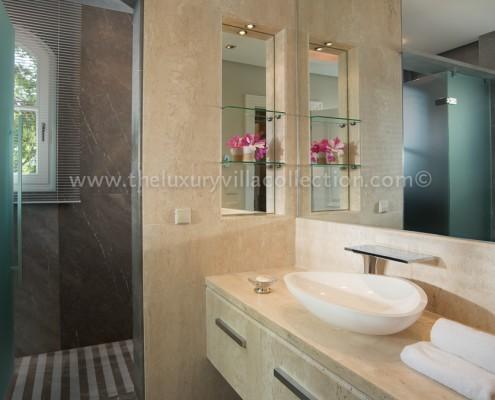 La Zagaleta Marbella luxury villa bathroom