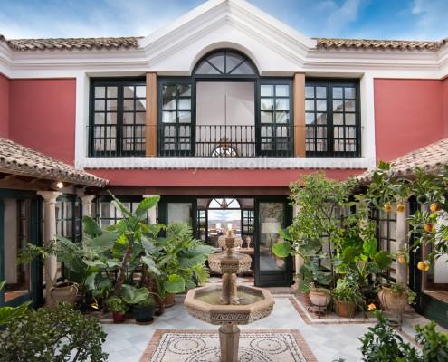 La Zagaleta luxury villa patio Andaluz