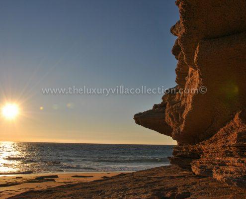 Cadiz coast villa holiday