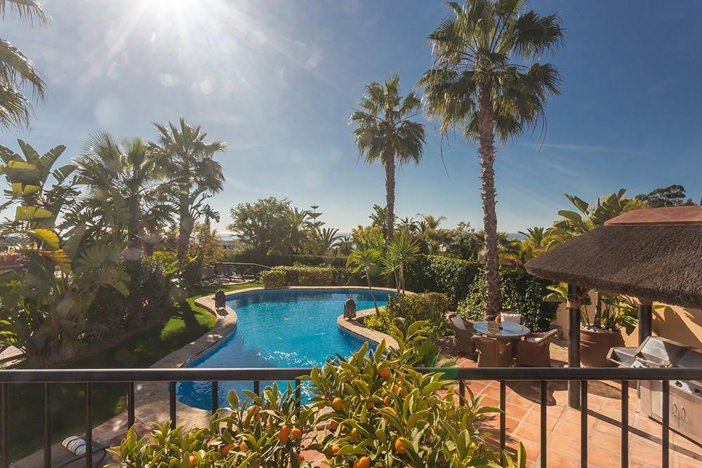 Villa Kalinda - Luxury Villa in Las Chapas, Marbella