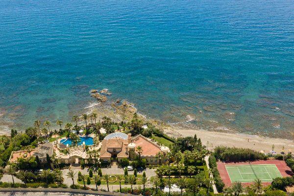 Beachside Villa Andreas
