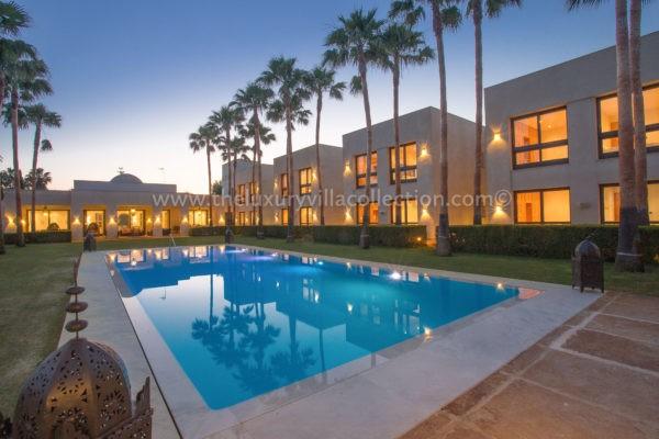 Villa Karima Sotogrande luxury pool