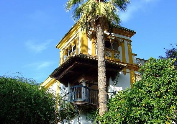 seville barrio santa cruz