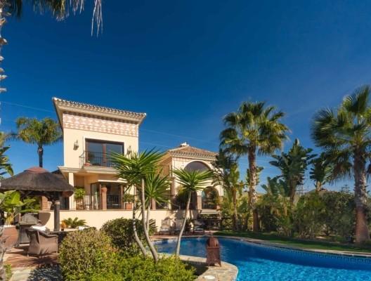 Villa Kalinda luxury family villa