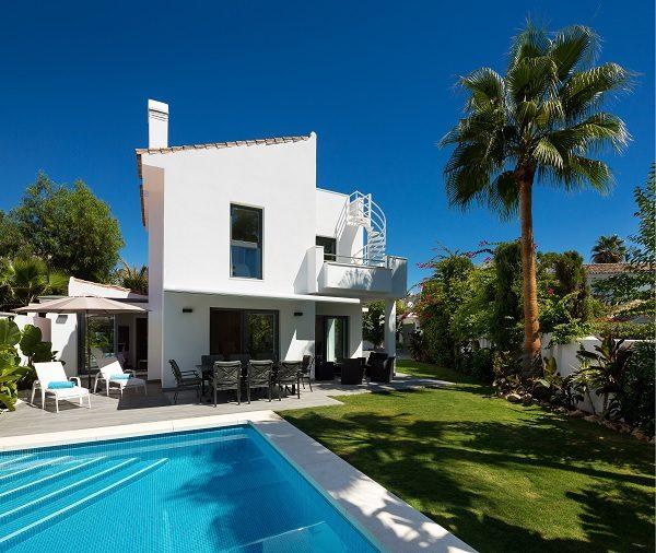 villa-blanco-pool