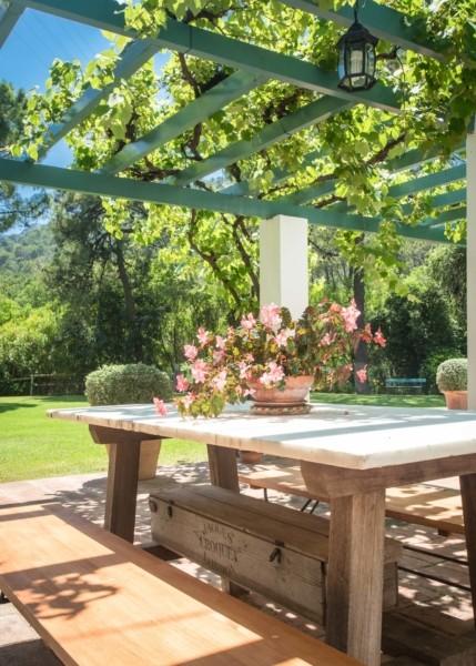 Casa Alegre luxury villa summer dining