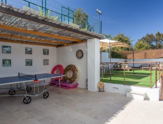 Villa Artea Sotogrande luxury games room