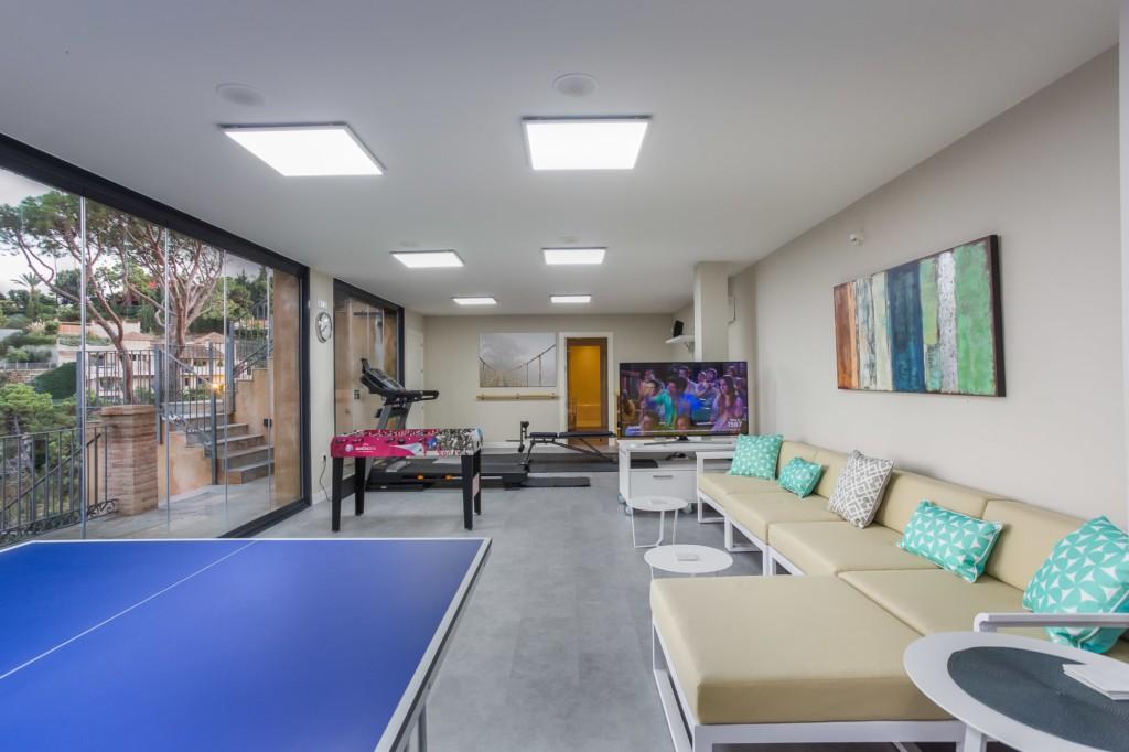 A perfect modern villa retreat in Benahavis