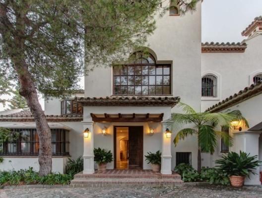 Villa Davinci luxury Marbella family villa