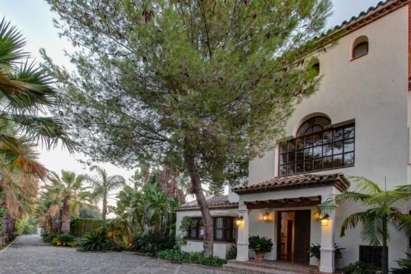 Villa Davinci luxury Marbella villa rental