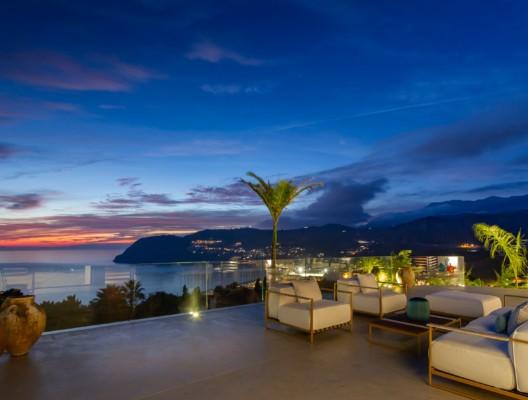 Villa Kallan luxury villa sunset views
