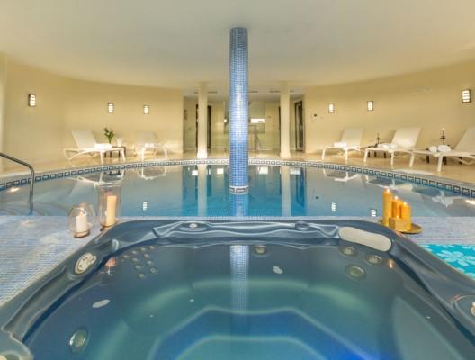 Villa Los Flamingos 1 Heated Indoor Swimming Pool 2